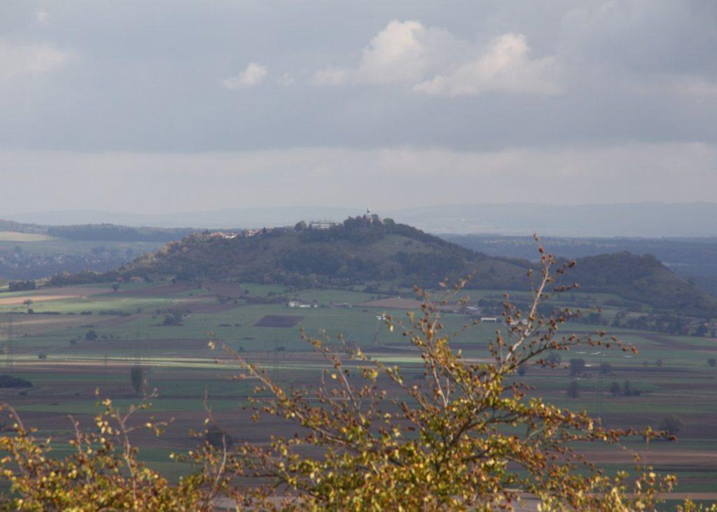Blick auf die Amöneburg vom Frauenberg